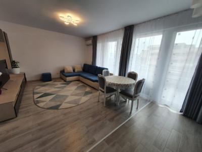 Apartament cu 2 camere, decomandat, de vanzare, zona Torontalului.