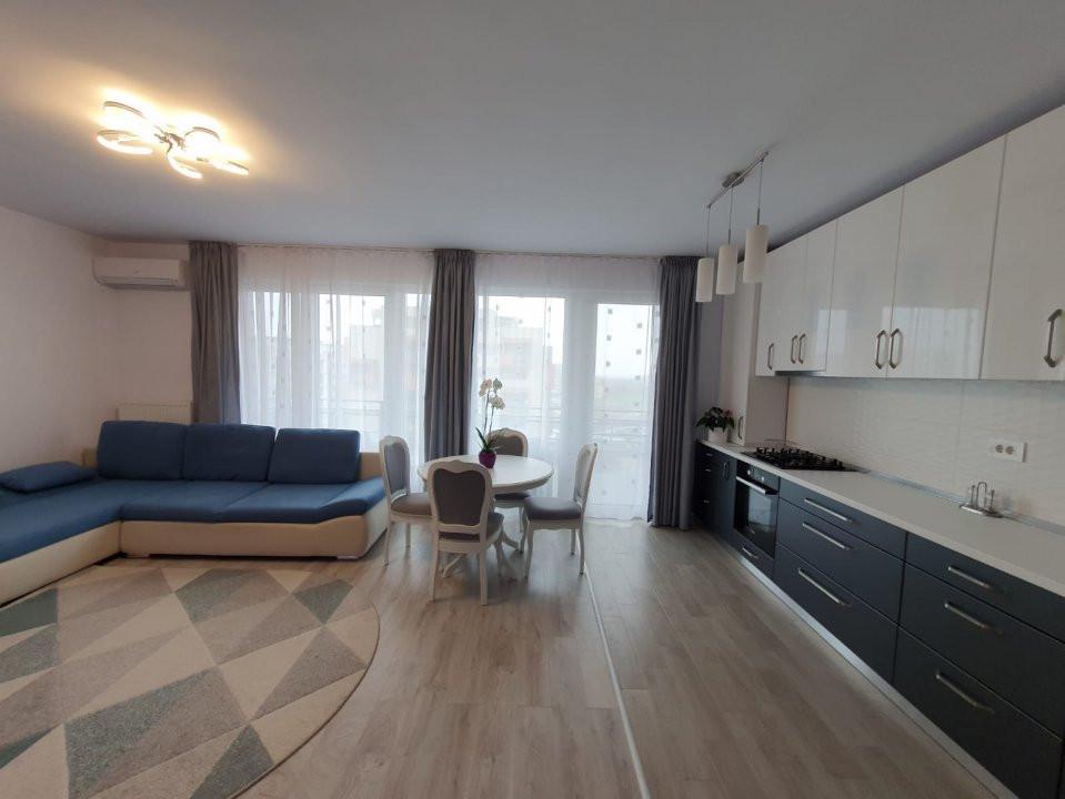 Apartament cu 2 camere, decomandat, de vanzare, zona Torontalului. 2