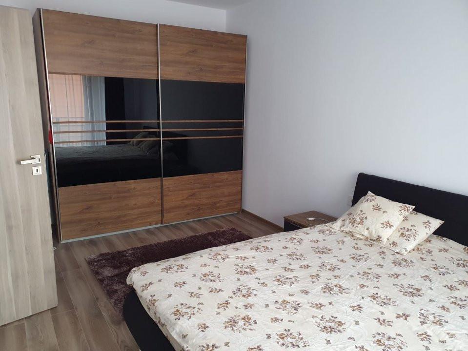 Apartament cu 2 camere, decomandat, de vanzare, zona Torontalului. 6