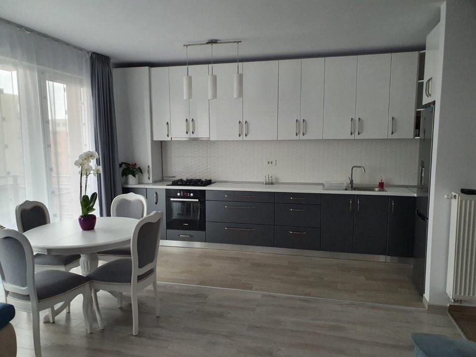 Apartament cu 2 camere, decomandat, de vanzare, zona Torontalului. 11