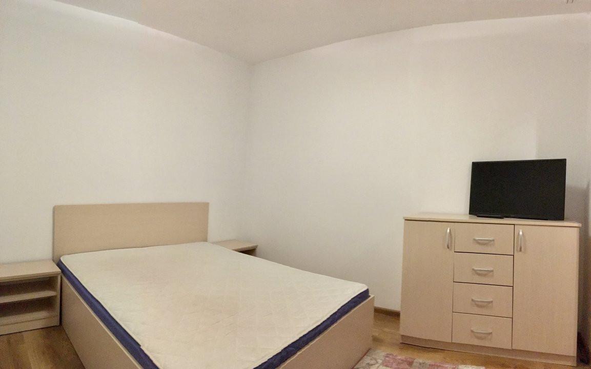 Apartament cu 2 camere, semidecomandat, de vanzare, zona Dacia. 4