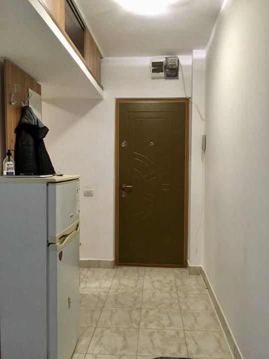 Apartament cu 2 camere, semidecomandat, de vanzare, zona Dacia. 9