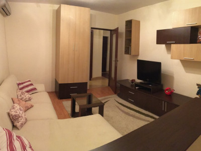 Apartament cu 2 camere, decomandat, de inchiriat, zona Gheorghe Lazar.
