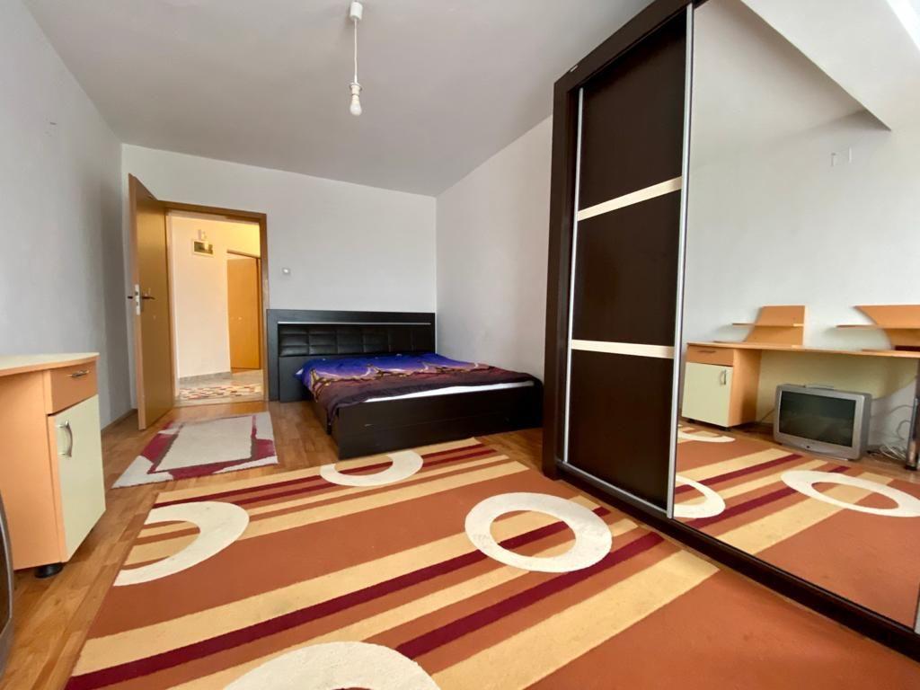 Apartament 3 camere de vanzare Zona Modern - ID V150 4