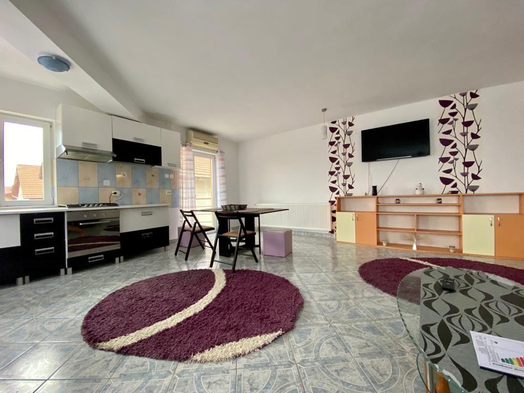 Apartament 3 camere de vanzare Zona Modern - ID V150 6