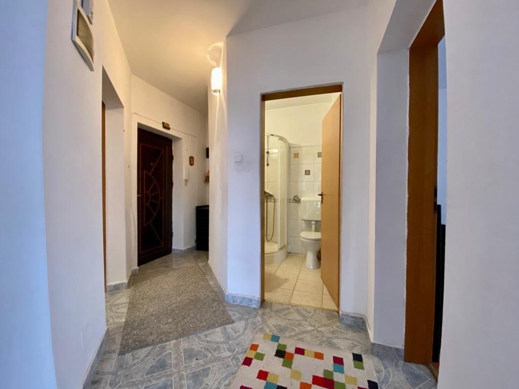 Apartament 3 camere de vanzare Zona Modern - ID V150 7