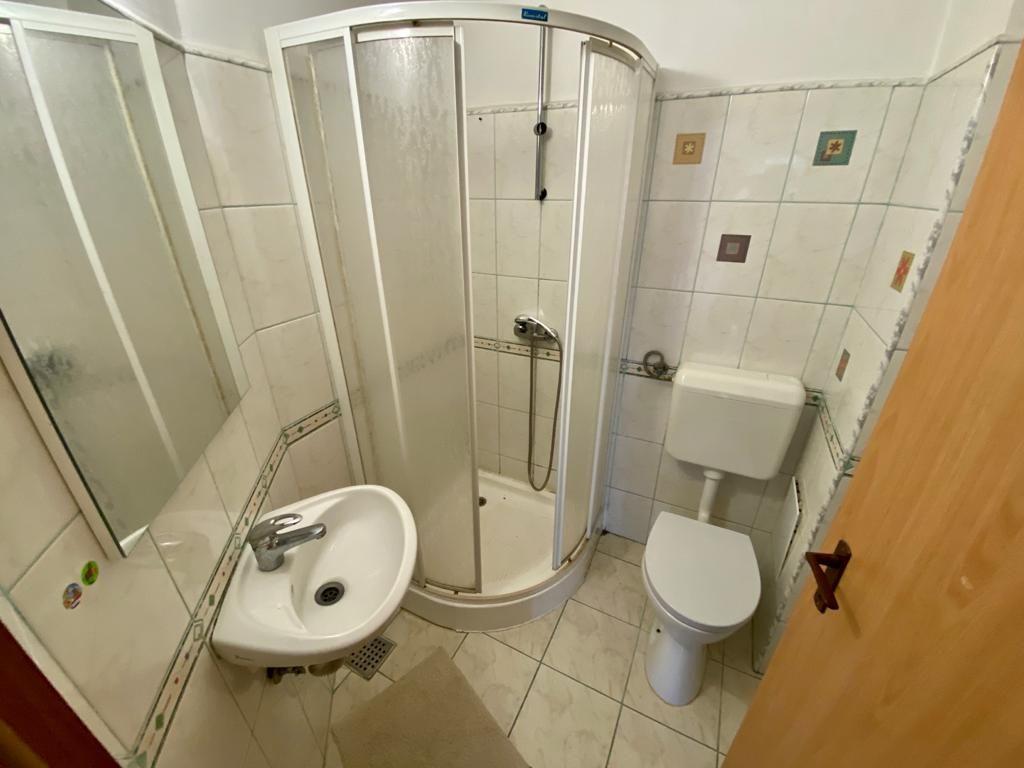 Apartament 3 camere de vanzare Zona Modern - ID V150 13
