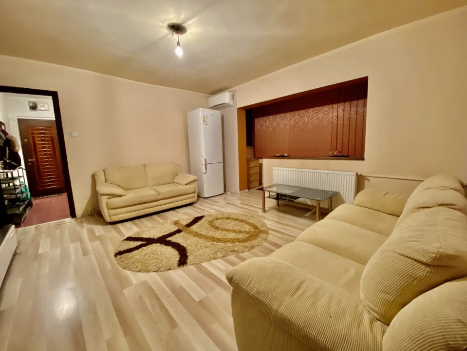 Apartament 2 camere | De inchiriat | Semidecomandat | 2