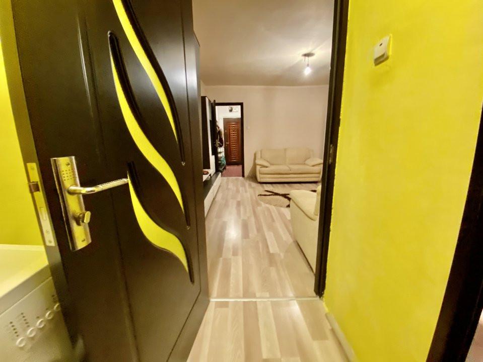 Apartament 2 camere | De inchiriat | Semidecomandat | 4
