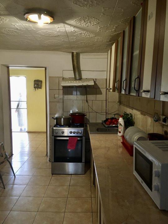 Casa cu 3 camere, de vanzare, in zona Modern. 7