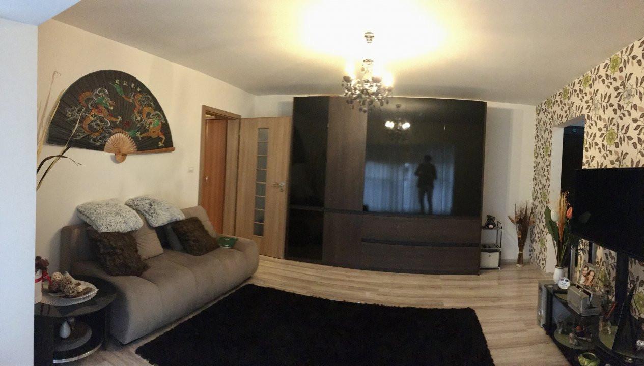 Apartament cu 2 camere, semidecomandat, de vanzare, zona Aradului. 3