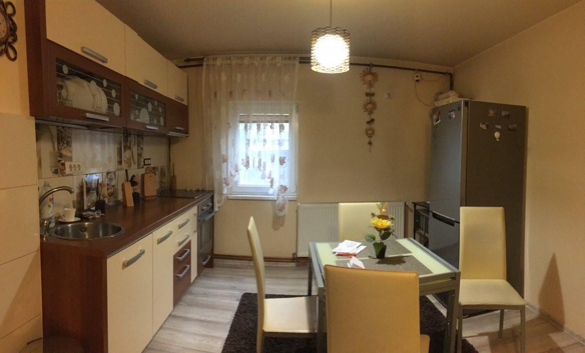 Apartament cu 2 camere, semidecomandat, de vanzare, zona Aradului. 16