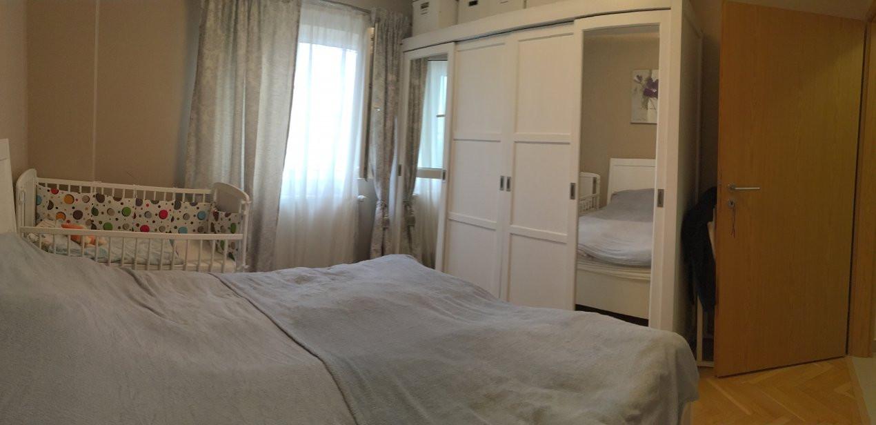 Apartament cu 2 camere, decomandat, de vanzare, zona Torontalului. 4