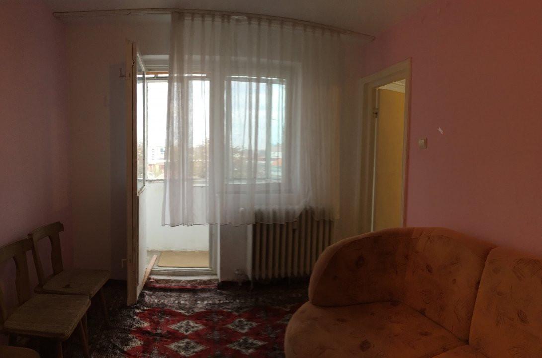 Apartament cu 2 camere, semidecomandat, de vanzare, zona Take Ionescu. 5