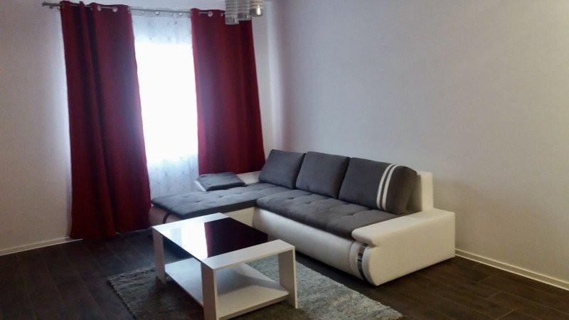 Apartament cu 2 camere, decomandat, de inchiriat, zona Dumbravita 5