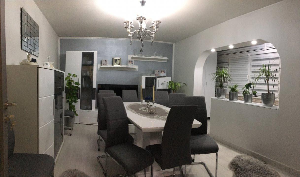 Apartament cu 3 camere, decomandat, de vanzare, Gheorghe Lazar. 1