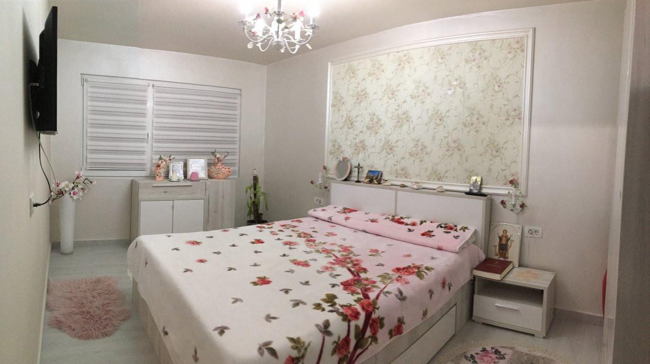 Apartament cu 3 camere, decomandat, de vanzare, Gheorghe Lazar. 2