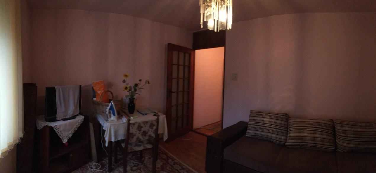 Apartament cu 2 camere, semidecomandat, de vanzare, zona Bucovina. 4