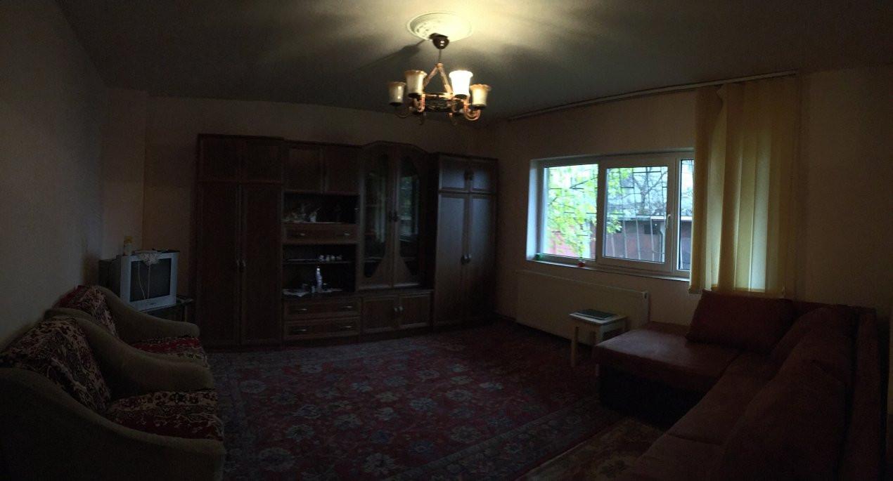 Apartament cu 2 camere, semidecomandat, de vanzare, zona Bucovina. 5