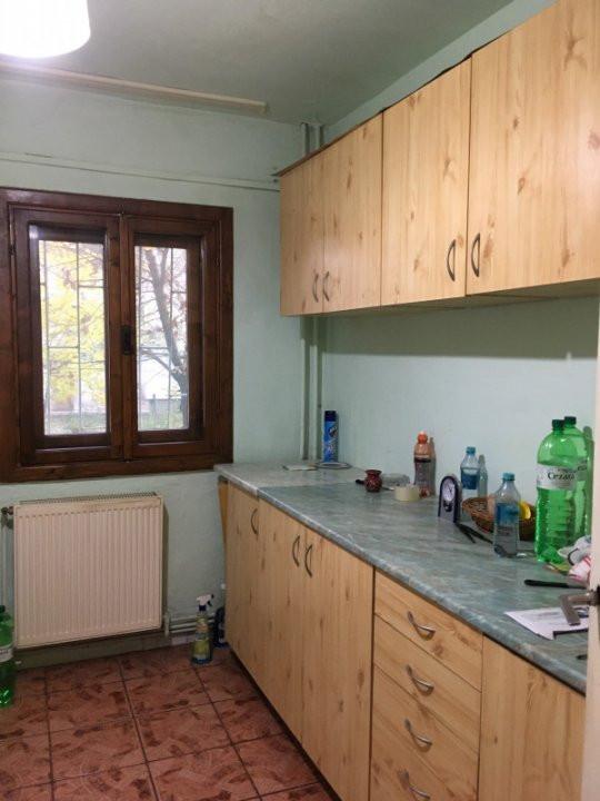 Apartament cu 2 camere, semidecomandat, de vanzare, zona Bucovina. 8