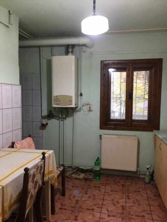 Apartament cu 2 camere, semidecomandat, de vanzare, zona Bucovina. 9