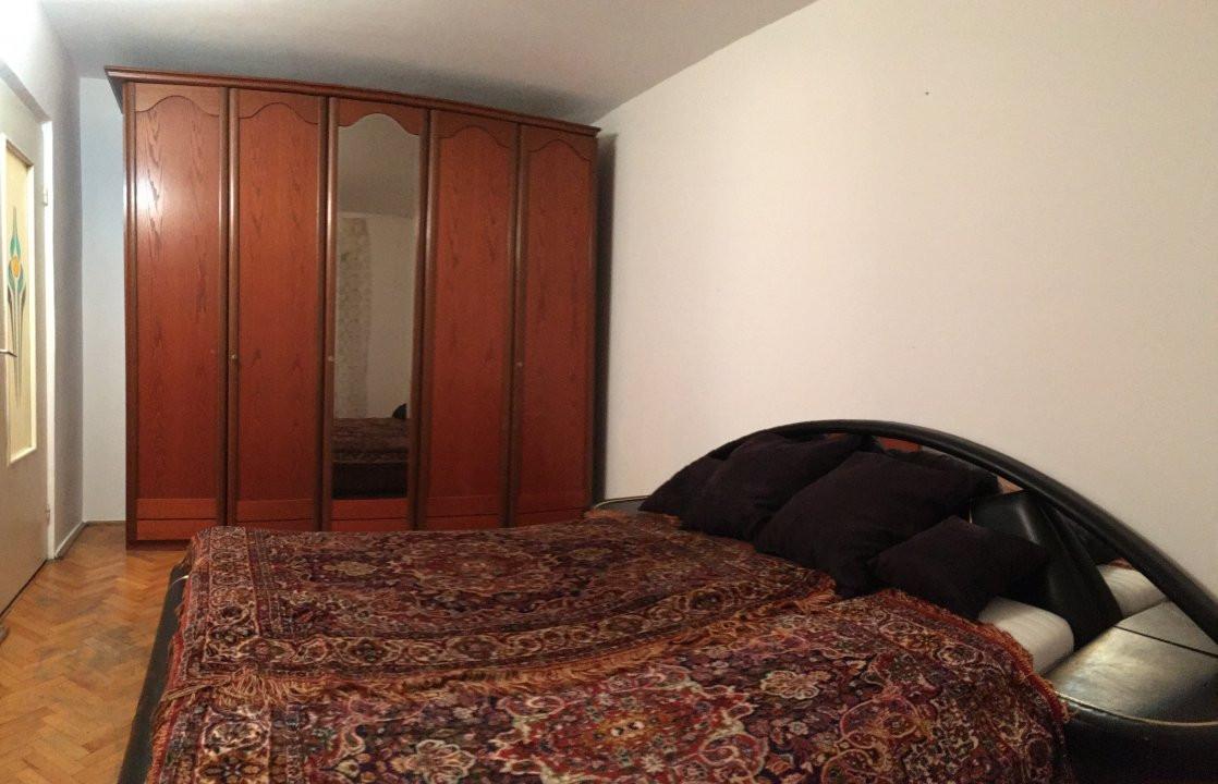 Apartament cu 2 camera, semidecomandat, de vanzare, zona Torontalului. 5
