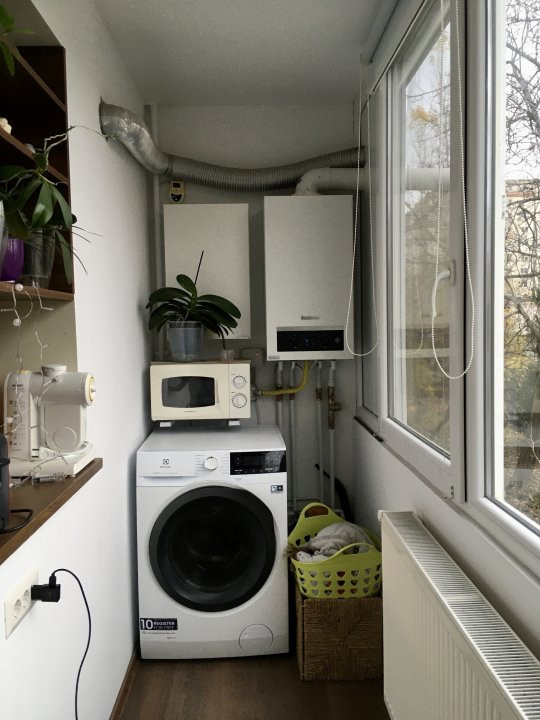 Apartament cu 2 camera, semidecomandat, de vanzare, zona Gheorghe Lazar. 9