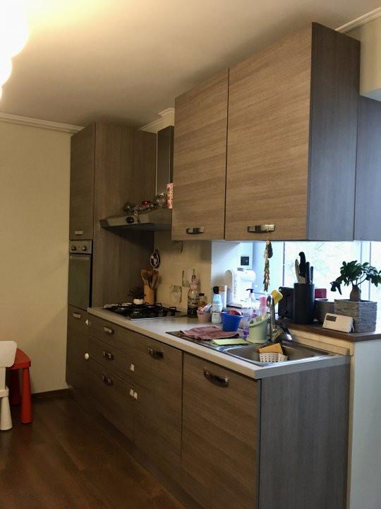 Apartament cu 2 camera, semidecomandat, de vanzare, zona Gheorghe Lazar. 10