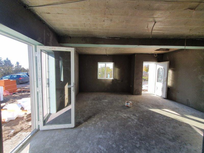 Casa individuala de vanzare in Sanandrei - V869 1
