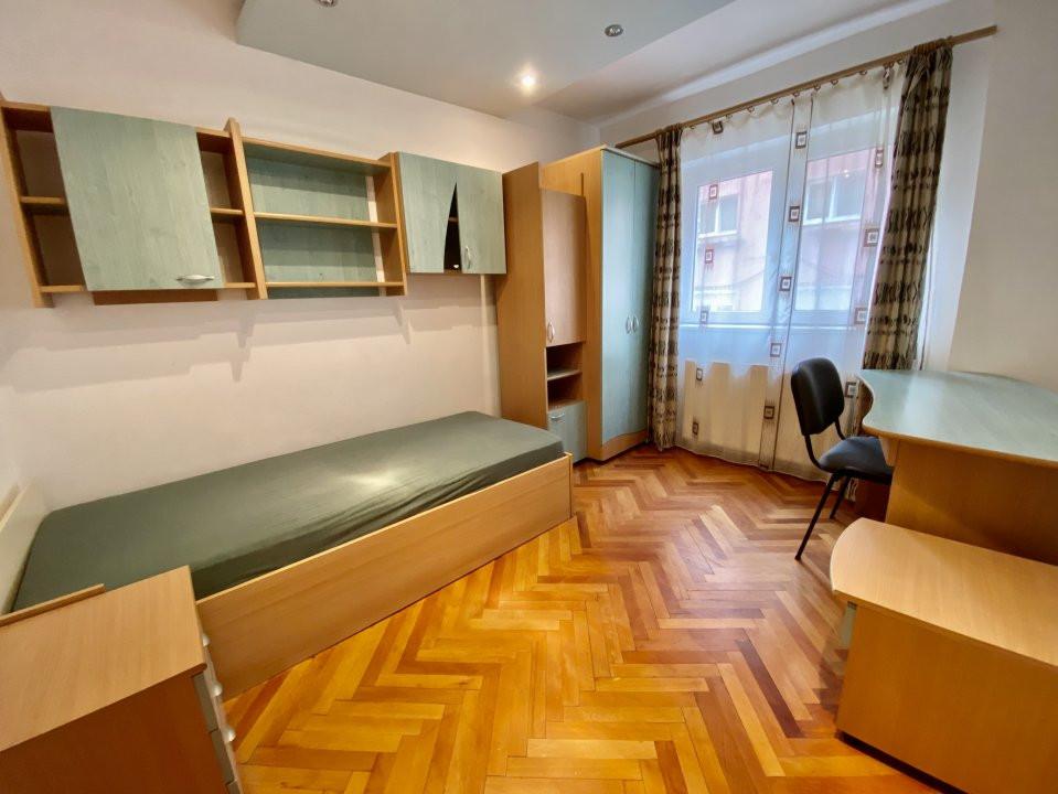 Apartament 3 camere   Centrala Proprie   Zona Girocului   Semidecomandat 2