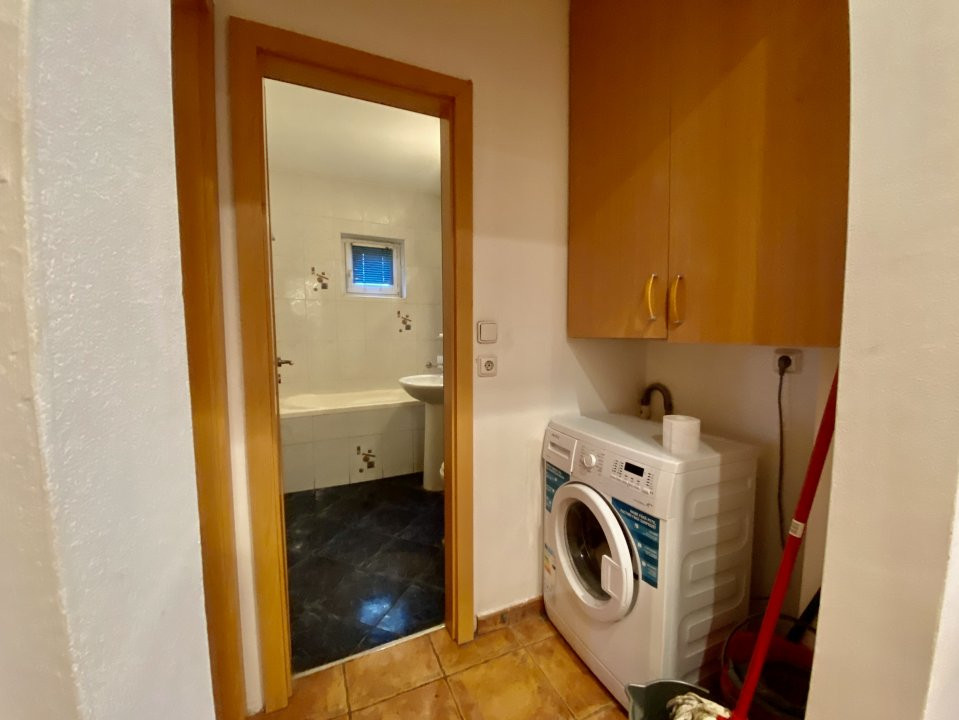 Apartament 3 camere   Centrala Proprie   Zona Girocului   Semidecomandat 6