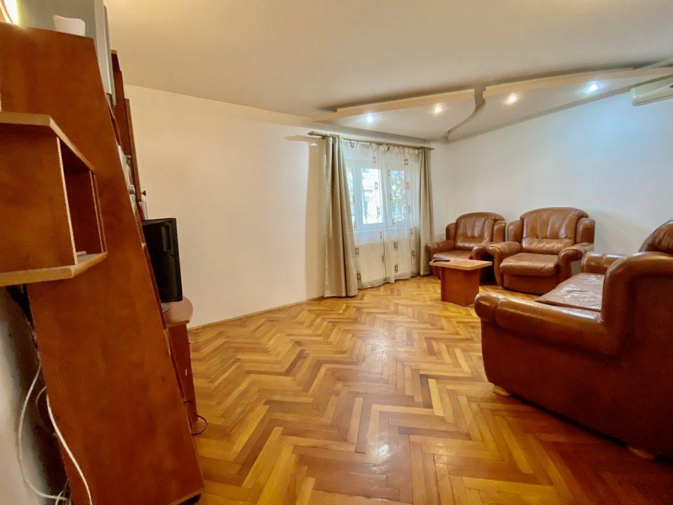 Apartament 3 camere   Centrala Proprie   Zona Girocului   Semidecomandat 7