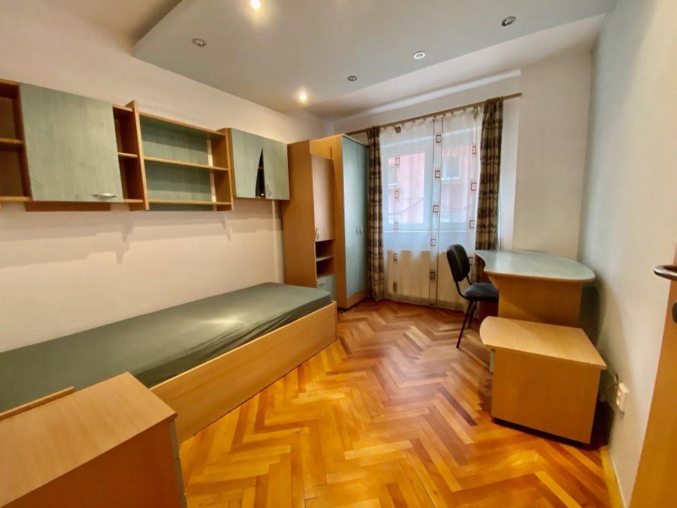 Apartament 3 camere   Centrala Proprie   Zona Girocului   Semidecomandat 10