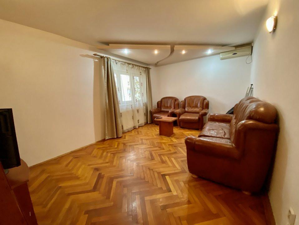 Apartament 3 camere   Centrala Proprie   Zona Girocului   Semidecomandat 11