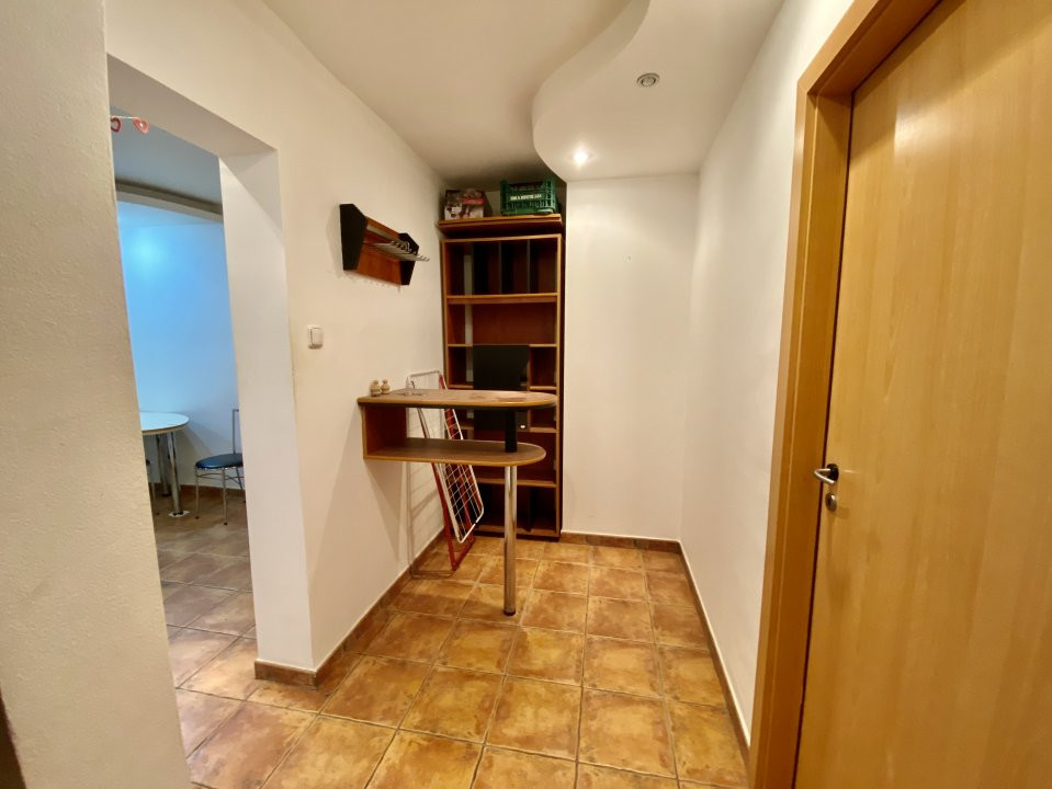 Apartament 3 camere   Centrala Proprie   Zona Girocului   Semidecomandat 15