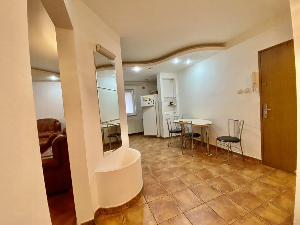 Apartament 3 camere   Centrala Proprie   Zona Girocului   Semidecomandat 16