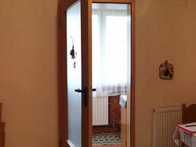 Apartament 3 camere decomandat de vanzare zona Soarelui