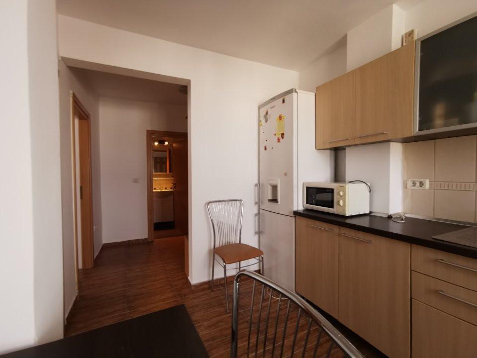 Apartament de inchiriat, cu doua camere in zona Spitalul Judetean. 3