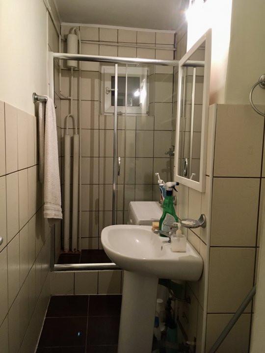 Apartament cu 2 camere, semidecomandat, de inchiriat, zona Dacia. 8
