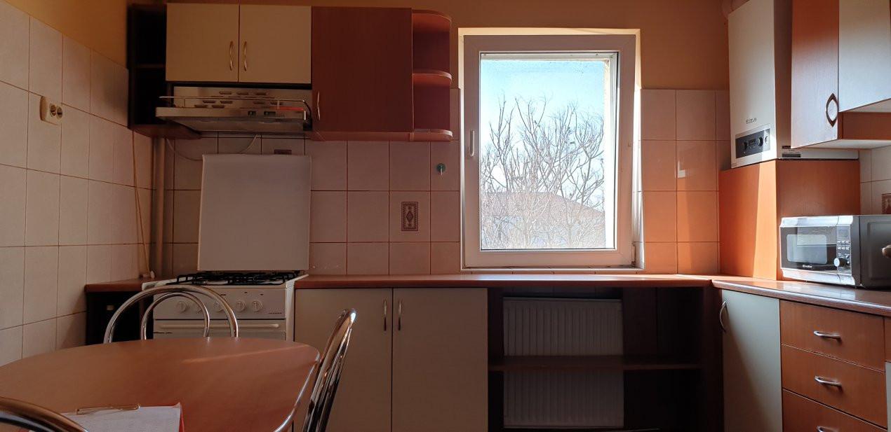 Apartament 3 camere de inchiriat Complex Studentesc 3