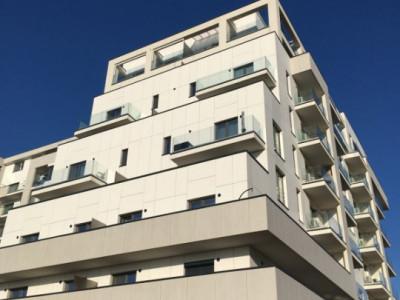 Apartament cu 3 camere, decomandat, de vanzare, zona Torontalului.