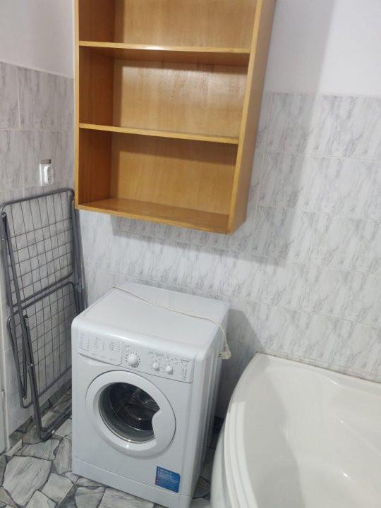 Apartament cu 2 camere, decomandat, de inchiriat, Calea Lipovei 12