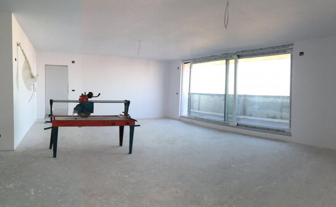 Apartament cu 3 camera, decomandat, de vanzare, zona Torontalului. 1