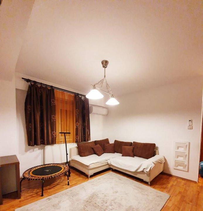 Apartament cu 2 camera, semidecomandat, de inchiriat, zona Lipovei. 1