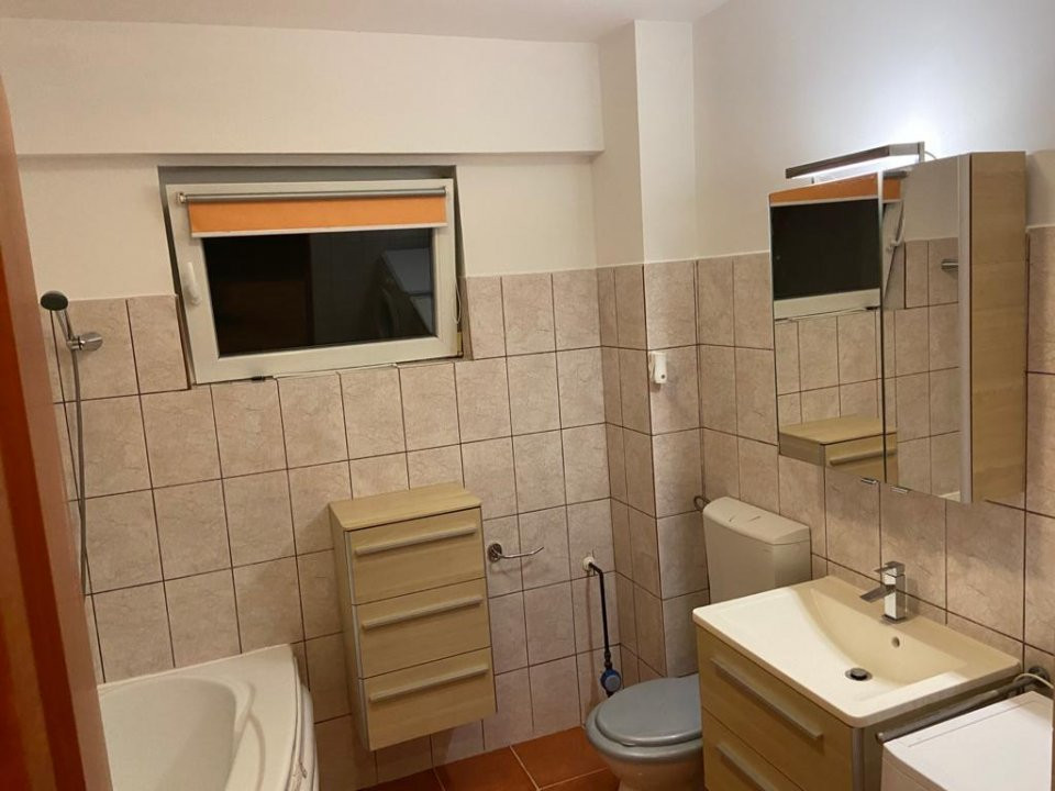 Apartament cu 2 camera, semidecomandat, de inchiriat, zona Lipovei. 6