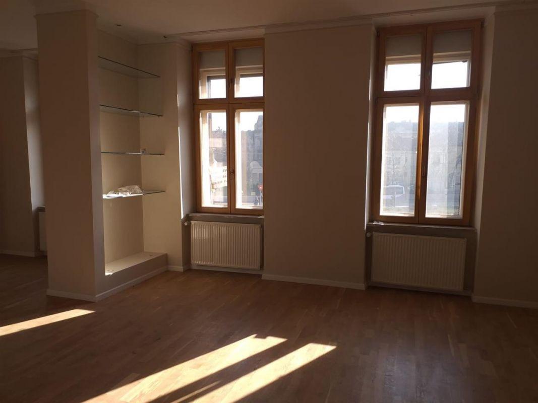 Apartament 2 camere in zona Sinaia- ID V91 2