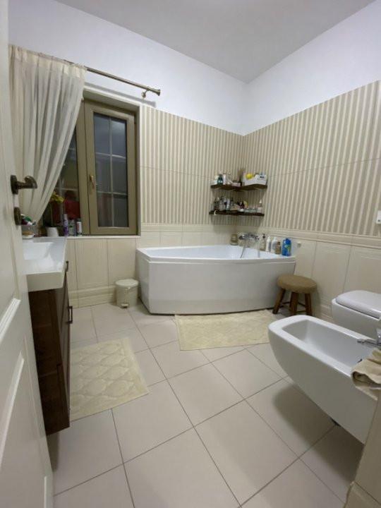 Casa insiruita superba de vanzare - Dumbravita padure 12