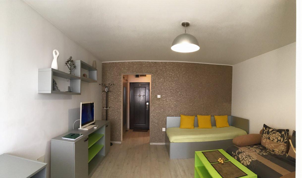 Apartament cu 1 camera, decomandat, de vanzare, zona Take Ionescu. 1