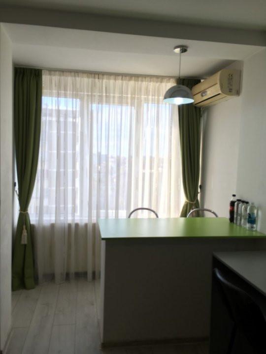 Apartament cu 1 camera, decomandat, de vanzare, zona Take Ionescu. 4