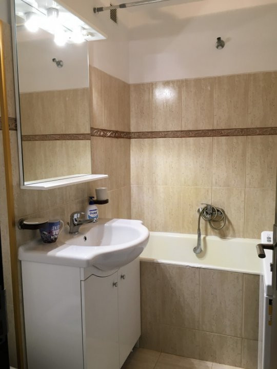 Apartament cu 1 camera, decomandat, de vanzare, zona Take Ionescu. 6